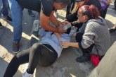 Eylemde iki polis memuru yaralandı, üç kişi gözaltında