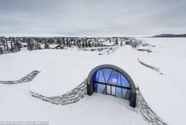 Buzdan saray yaptılar!