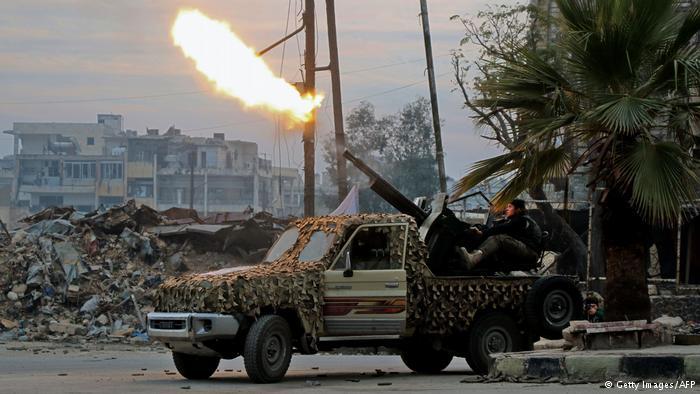 Halep'te çatışmalar yeniden kızışıyor