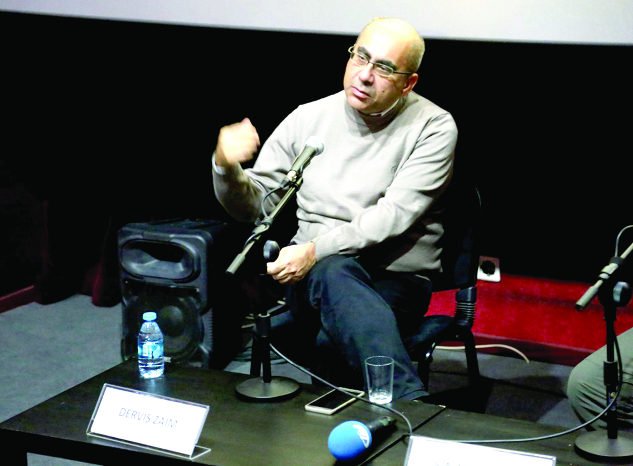 Photo of Derviş Zaim 'Flaşbellek' filminin çekimlerine başladı
