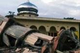 Endonezya yine sallandı: en az 18 ölü