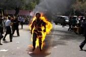 Çin'de Tibetli rahip kendisini yaktı
