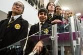İngiltere'de Müslüman aileler çocuklarını Katolik okullarına yoluyor