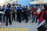Adana'da polis ve öğrenciler halay çekti