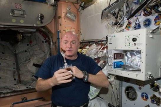 Astronotlar uzayda ne yiyor?