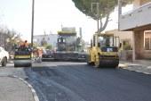 Güzelyurt'ta asfalt çalışmaları devam ediyor