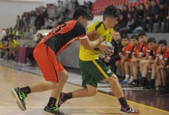 Futsal ve hentbolda  şampiyonluk günü