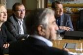 'Kıbrıs'ta ilanihaye garantörlük şart değildir'