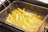 Çok kızartılan ekmek ve patates kanser riski taşıyor