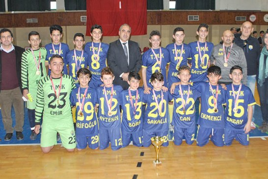 Futsalda şampiyon  Değirmenlik ve TMK