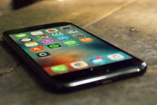 iPhone 8'ler kablosuz şarj olacak!