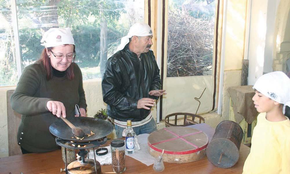 Kıbrıs kültürünü yaşatmak