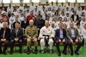 Korgeneral Ömer Paç, taekwondocuları ziyaret etti