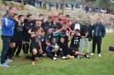 Şampiyon Esentepe gençleri