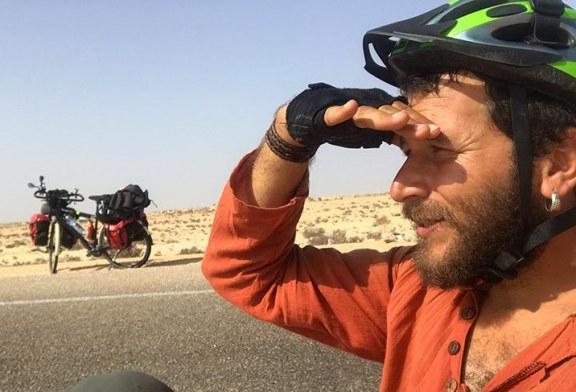 Sahra Çölü'nü bisikletle 42 günde geçti