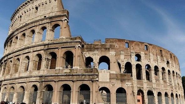 Photo of Roma'da Kolezyum'a yılda 150 bin euro maaşla yönetici aranıyor