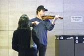 Joshua Bell (Metrodaki Kemancı)