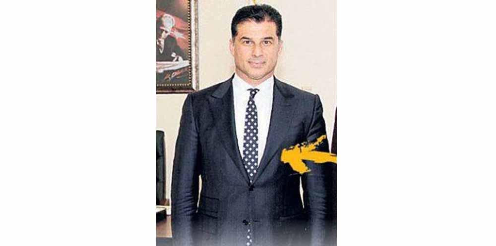 Photo of Özgürgün'ün takım elbisesinin fiyatı gündem oldu