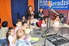 Montessori çocukları Havadis'i renklendirdi