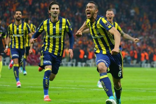 Derbide gülen taraf Fenerbahçe