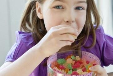 Şeker çocukların duygularıyla oynuyor