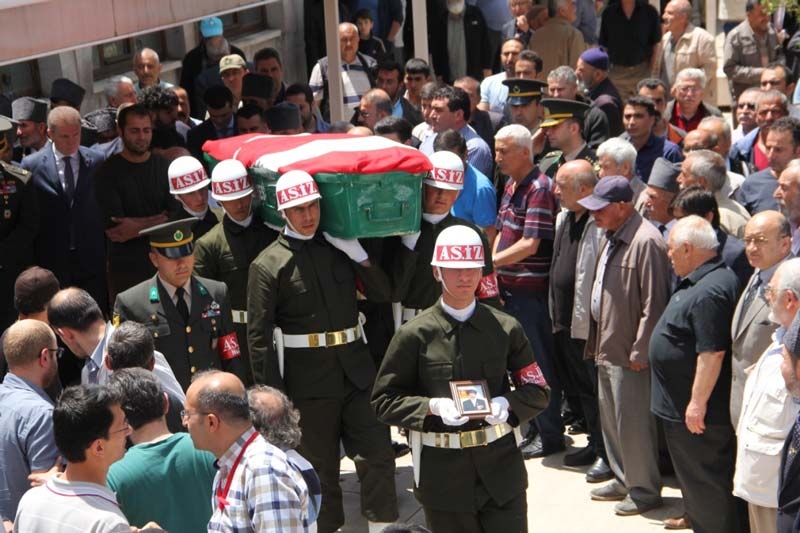 Photo of Kıbrıs gazisi son yolculuğuna uğurlandı