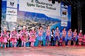 Festival Lapta'ya canlılık getirdi