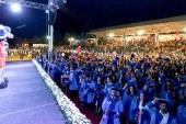 Bin 48 öğrenci mezun oldu