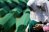 Hollanda'dan tarihi 'Srebrenitsa' kararı
