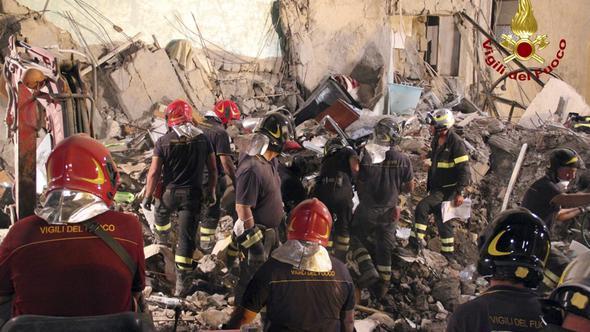 Photo of İtalya'da çöken apartmandan sağ çıkan olmadı