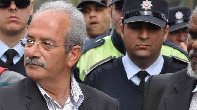 Photo of Davulcu:  Halkımız, Turanlı gibilerinin hakaretlerini hak etmiyor