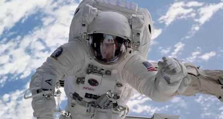 Photo of ABD: Ay'a astronot göndermek istiyoruz