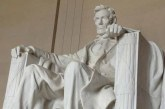 Lincoln anıtına saldırı