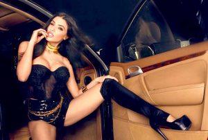 elif-çelik-300x202 Playboy kızı Elif Çelik tatile geliyor