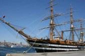 İtalyan donanma yelkenlisi Larnaka'da demirleyecek