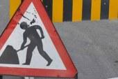 Ecevit Caddesi üzerinde asfalt çalışması yapılıyor