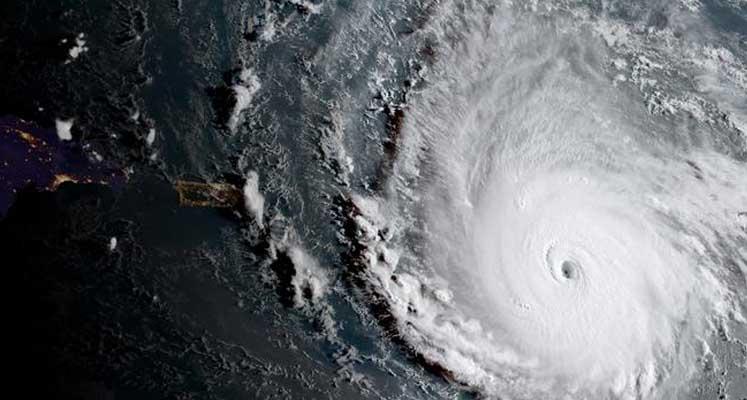 Photo of İrma Kasırgası ABD'ye yaklaşıyor