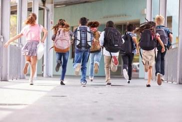 Okul çantasındaki tehlike: Skolyoz