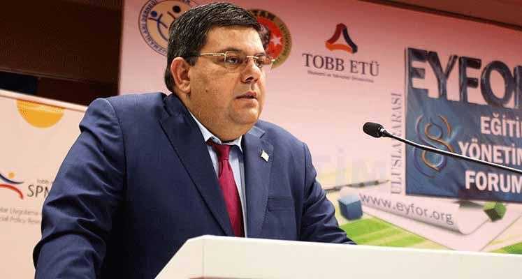 Berova, Uluslararası Eğitim Yönetimi Forumu'nda konuştu