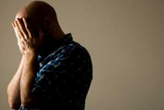 Doğum sonrası babalar da depresyona girebiliyor