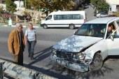 Eşref Kolçak trafik kazası yaptı