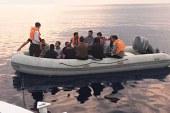 Yeni Erenköy açıklarında bir teknede 24 mülteci bulundu