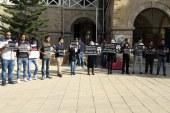 Öğrenciler ölümlü kazayı protesto etti