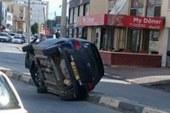 İlginç kaza görenleri hayrete düşürdü