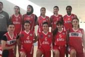 """KKTC'nin ilk """"Türbanlı"""" basketbolcusu DAÜ'de"""