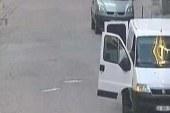 Bomba yüklü minibüs: 3'ü kadın 10 kişi gözaltında