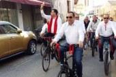 DP seçim startını bisikletle verdi