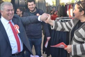 TKP Yeni Güçler adayları Girne'de halkla buluştu