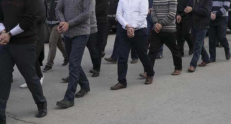 Photo of TSK'da FETÖ soruşturması: 210 muvazzaf asker hakkında gözaltı kararı verildi