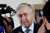 Cumhurbaşkanı Akıncı, Güzelyurt'taki Açık Pazarı gezdi